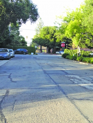 Castilleja plan creates rifts among neighbors   News   Palo